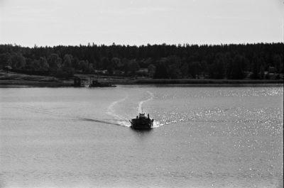 Motorówka na akwenie wodnym
