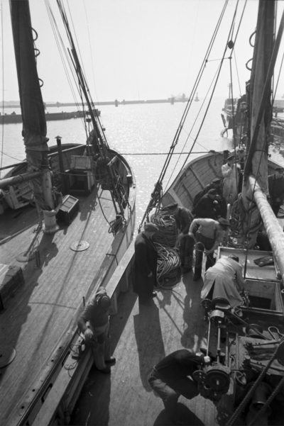 Statki cumujące burta w burtę