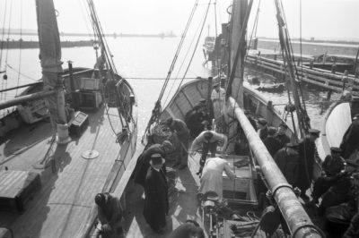 kutry rybackie cumujące w porcie w Helu