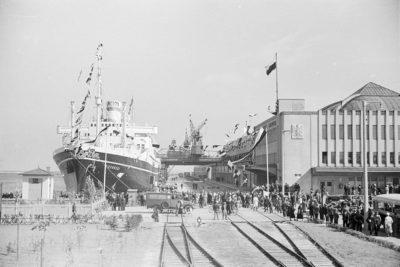 """Powitanie statku s/s """"Piłsudski"""" w porcie Gdyni"""