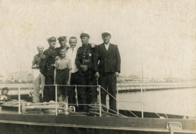 """Pracownicy armatora żeglugi przybrzeżnej firmy """"Wilke"""""""