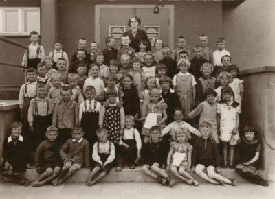 Uczniowie Szkoły Powszechnej Nr 16 w Gdyni Chyloni