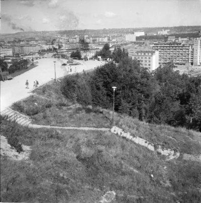 Kamienna Góra w Gdyni – widoczny punkt widokowy i zejście w stronę ul. Sienkiewicza