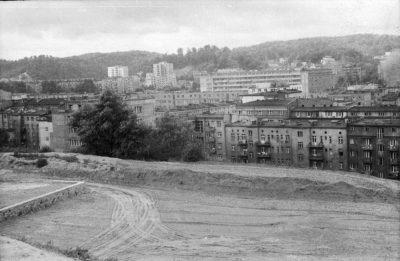 Widok z Kamiennej Góry na miasto od strony ulicy Słowackiego