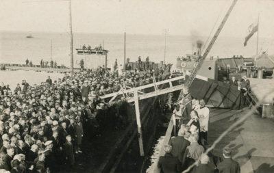Sprowadzenie prochów Juliusza Słowackiego do Polski, nabrzeże Śląskie portu gdyńskiego