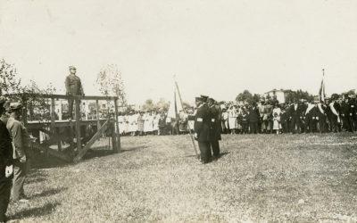 Uroczystość w pobliżu Tymczasowego Portu Wojennego i Schroniska dla Rybaków z udziałem generała Józefa Hallera