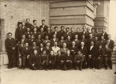 Uczniowie Szkoły Handlu Morskiego i Techniki Portowej w Gdyni