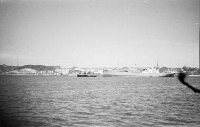 Kanał Portowy Portu w Gdyni – w głębi Kępa Oksywska