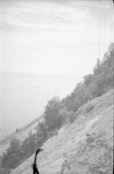 Spacer plażą – widok z klifu
