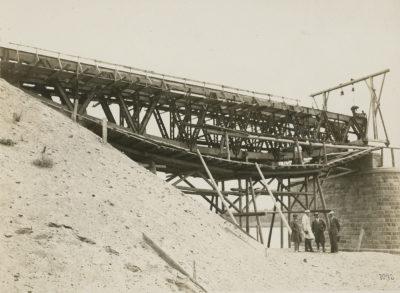 Budowa mostu kolejowego magistrali węglowej w dzielnicy Czersko Polskie w Bydgoszczy