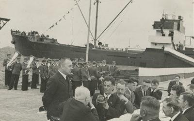 """Przemówienie podczas uroczystości poświęcenia statku """"Robur VIII"""" na Molo Węglowym"""
