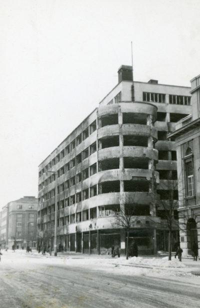 """Budynek """"PLO"""" przy ul. 10 Lutego"""