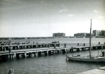 Drewniane pomosty nabrzeża Kutrowego