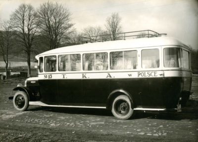 Autobus nr 15 marki Brockway