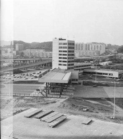 Baza Kontenerowa w Gdyni – budynek biurowy i główna brama