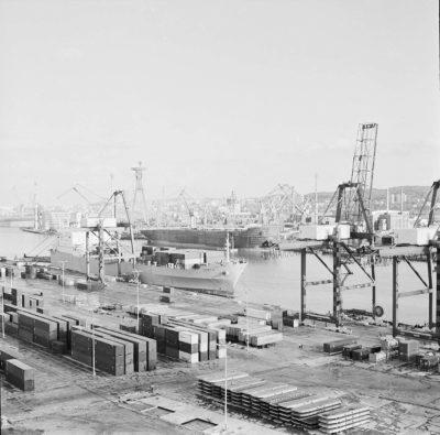 """Baza Kontenerowa w Gdyni – statek m.s. """"GDAŃSK II"""""""